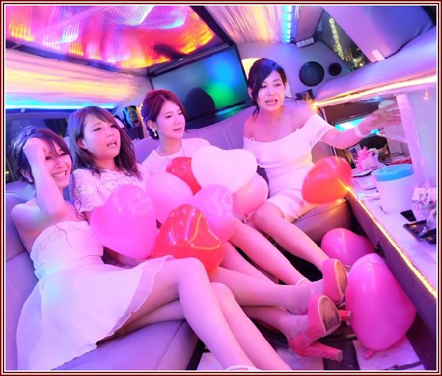 リムジン女子会ドレス付きプランはLA最新日本未入荷のドレスをレンタル!